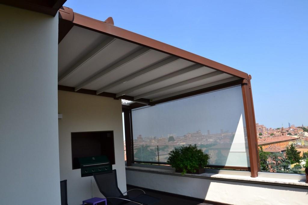 Tende A Pacchetto Per Pergolati.Pergolati In Alluminio Con Tenda A Pacchetto Casa Piu Tende Da